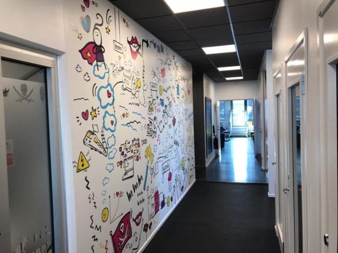 väggmålning hiq västerås