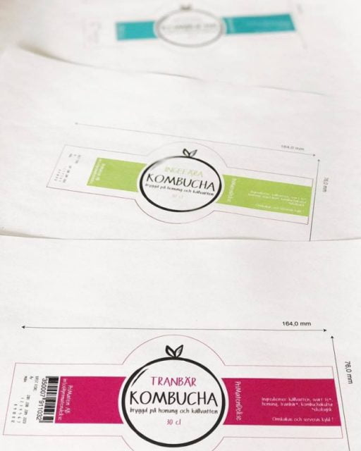 primaten-uppsala-maja-larsson-illustrator-grafiskt-material-etiketter-kombucha-flaska